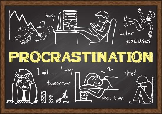 Parcourir le Web est une des nombreuses erreurs de productivité à éviter car cela augmente votre tendance naturelle à la procrastination