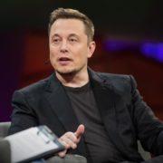 Les raisons du succès d'Elon Musk se trouvent dans ses 5 livres préférés
